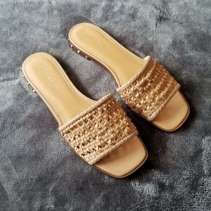 NEW Marc Fisher Jeremy Woven Square Toe Sandals